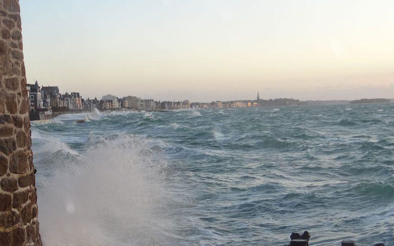 saint-malo : grandes maree